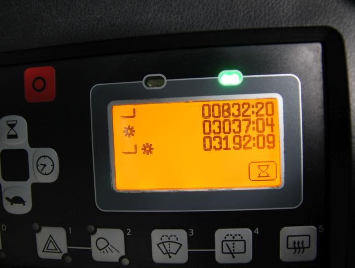 M20353 TOYOTA 8FBMT30