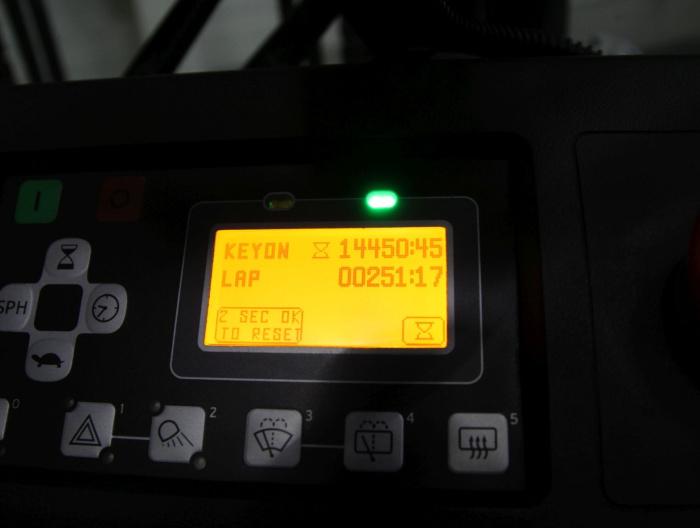 M20537 TOYOTA 8FBMT30